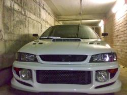 Передний бампер C-West  Subaru Impreza GC / GF